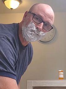 Nie wiesz, jak się golić? Tata z YouTube'a nauczy Cię tego i wielu innych skilli