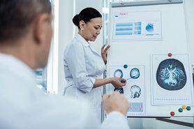 Glejak wielopostaciowy – charakterystyka, objawy, leczenie