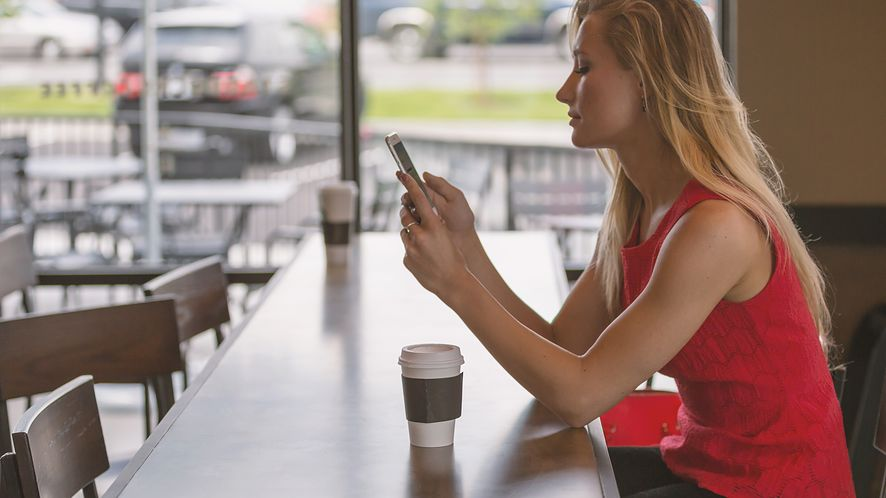TP-Link wprowadza na rynek nowy smartfon, fot. Pixabay
