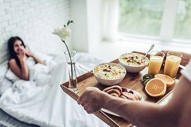 Jedzenie śniadania - co na to nauka i co jedzą szczupli ludzie