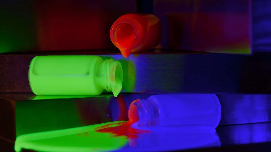 Wkrótce telewizory QLED mogłyby potanieć, a także wyświetlać znacznie więcej kolorów, fot. Phil Holland