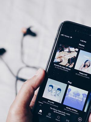 Spotify – podsumowania 2020 roku są już dostępne. Jak znaleźć swoje Wrapped?