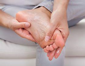 Ból pięty – przyczyna, leczenie