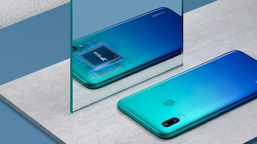 """Huawei podłączy """"średniaki"""" do 5G. Szybkie łącze dla każdego!"""
