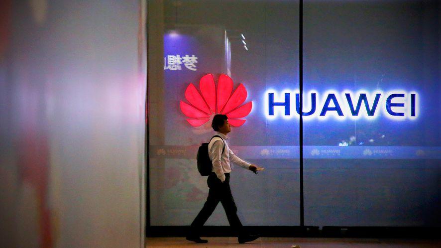 Huawei w Polsce sprzedaje coraz mniej smartfonów (Getty Images)
