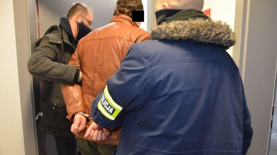 31-latek wyłudził blisko 130 tys. metodą na BLIK-a (Fot. Policja)
