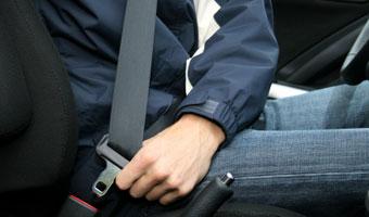 Włochy: Pasażer nie chce zapiąć pasów? Musi wysiąść