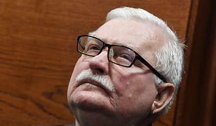 """Lech Wałęsa był w niedzielę w kościele. """"Nie zwracam uwagi na koronawirusa"""""""