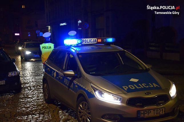 Tarnowskie Góry. Dzięki sprawnej akcji policji, rodzice z dzieckiem szybko dojechali do szpitala.