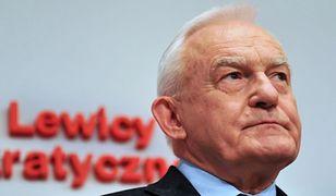 """Miller """"zamieszkał"""" w Sejmie. Były premier zaskakuje i naraża się na krytykę ze strony SLD. """"Zachowuje się jak rzecznik PiS"""". Chwedoruk: polityk lewicy nie może być po stronie KOD-u"""