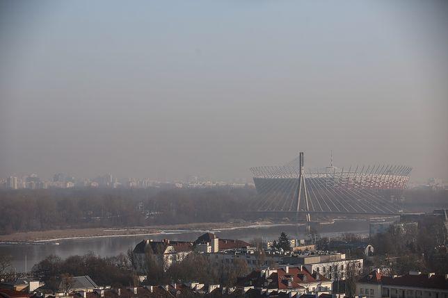 Smog Warszawa - 23 stycznia. Sprawdź jakość powietrza w stolicy