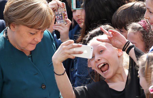 Angela Merkel podczas spotkania z uczniami liceum francuskiego w Berlinie