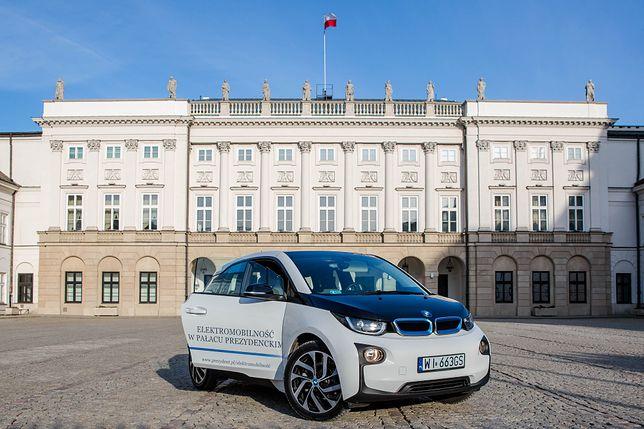 Kancelaria Prezydenta RP unowocześniła flotę samochodowa o elektryczny samóchod BMW i3. Fot. Krzysztof Sitkowski / KPRP
