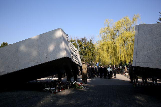 Wstrząsające ustalenia ekshumacji ofiar katastrofy smoleńskiej. Tylko w 14 trumnach były właściwe ciała