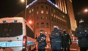 Posłanki podają nazwiska policjantów. KSP oskarża o hejt