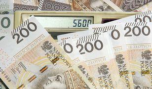 Nauczyciel zarabiał 14 tys. złotych? Skandal na Pradze-Północ