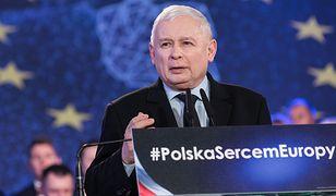 """Rekordowo droga reklama """"piątki Kaczyńskiego""""? Rzeczniczka rządu odpiera zarzuty"""