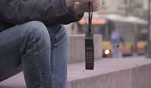 Powrót do przeszłości: Pamiętacie początki internetu i telefonów komórkowych?