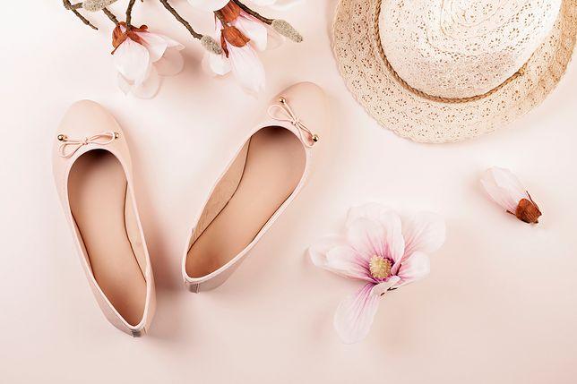 Balerinki to wygodne obuwie, które pasuje i do sukienki i do spodni
