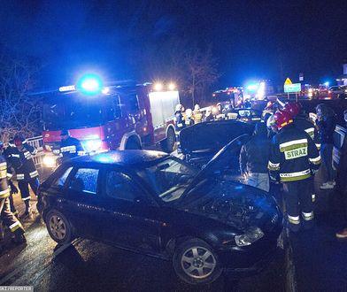 Pogoda utrudnia życie kierowcom. Na moście w miejscowości Ruś na drodze krajowej nr 64 doszło do karambolu ośmiu aut