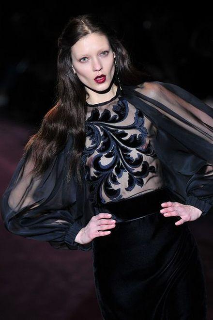 Stań się królową nocy – moda w karnawale