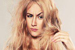 8 sposobów na zniszczone włosy