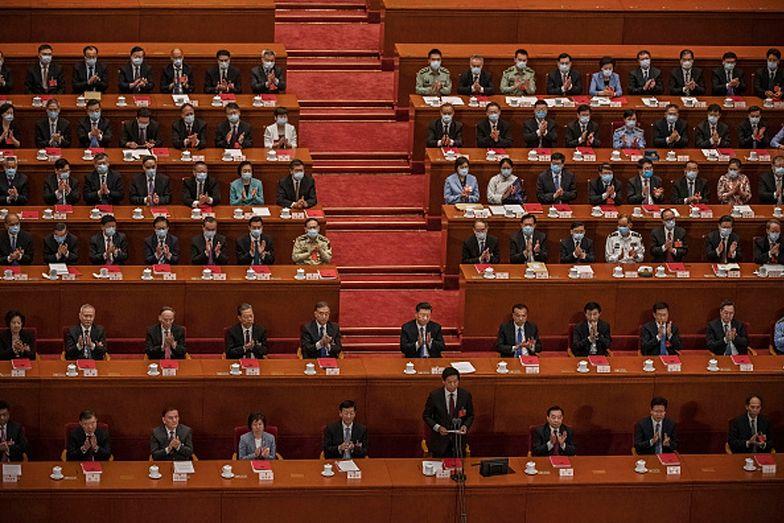 Rząd Chin odpiera zarzuty o udział w wywołaniu pandemii COVID-19
