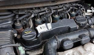 Z najnowszych danych wynika, że praktycznie wszystkie silniki Diesla spełniające normę Euro 5 lub starsze znacznie przekraczają limit emisji NOx w testach drogowych.