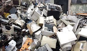 Elektroodpady i baterie. Wszystko, co musisz wiedzieć, by zadbać o środowisko