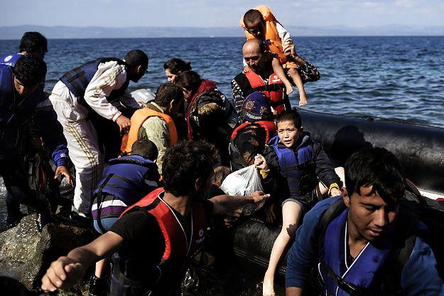 KE chce rozdzielić między członków Unii uchodźców, którzy napływają do Europy