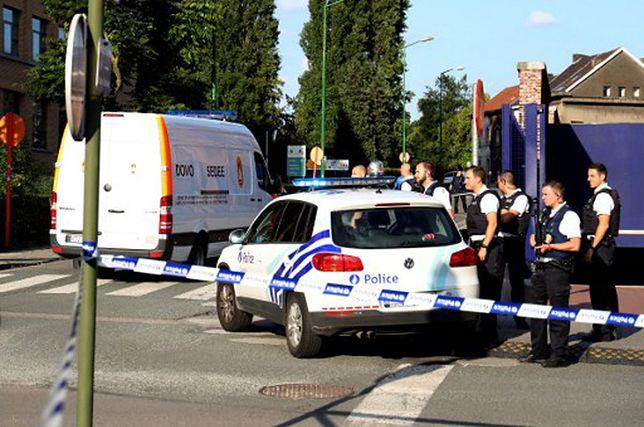 Nożownik zaatakował dwóch policjantów w Brukseli