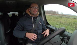 Poranna jazda zimą - jak prowadzić auto bezpieczniej?