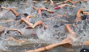 Pływanie to jedna z części triathlonu