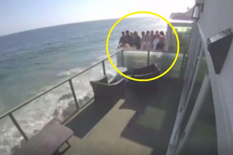Sekundę później rozegrał się dramat. Dramatyczny finał imprezy na balkonie