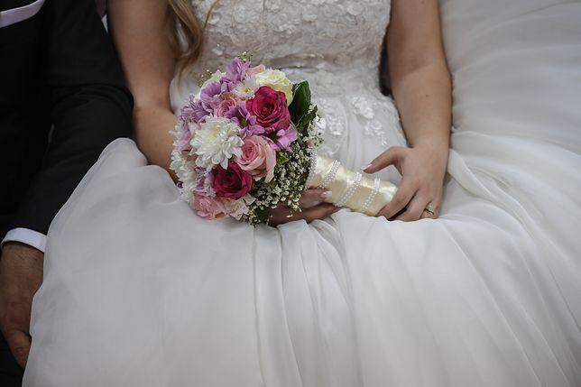 Panna młoda przygotowała listę prezentów ślubnych