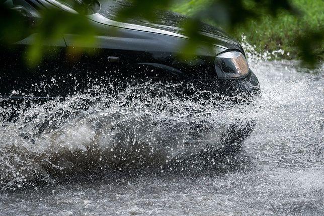 Prognoza pogody na 17 maja. IMGW ostrzega przed ulewami i podtopieniami