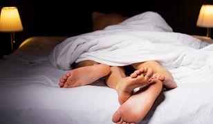 Ścielenie łóżka ma wpływ na nasz seks