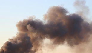 Nowy Sącz. Ogromny pożar w Media Expert. Strażacy walczą z ogniem