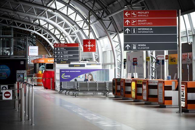 Międzynarodowy port lotniczy Warszawa-Modlin w czasie pandemii