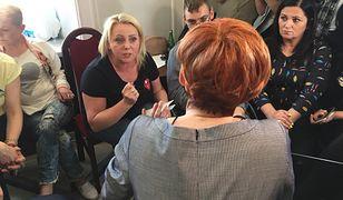 O nieustępliwości opiekunów niepełnosprawnych dorosłych pierwsza przekonała się minister Elżbieta Rafalska