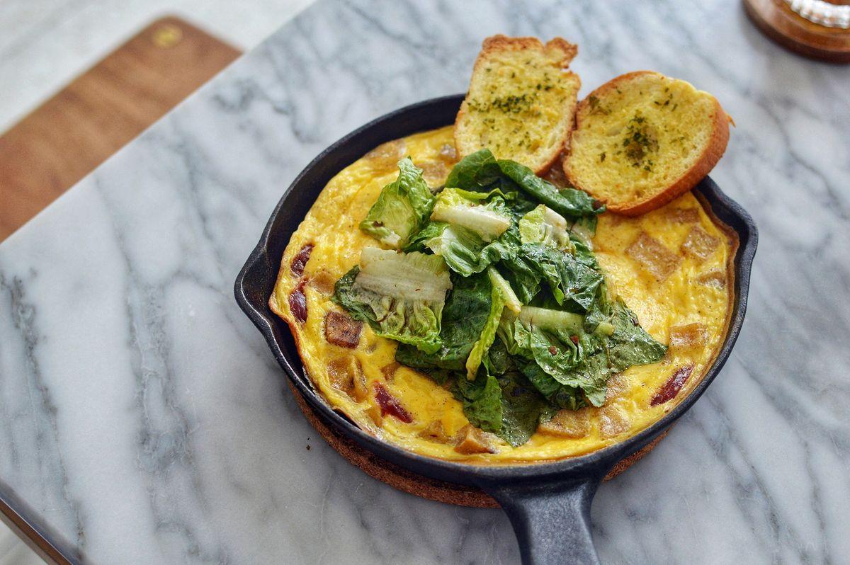 Omlet to pomysł na pyszne i pożywne śniadanie