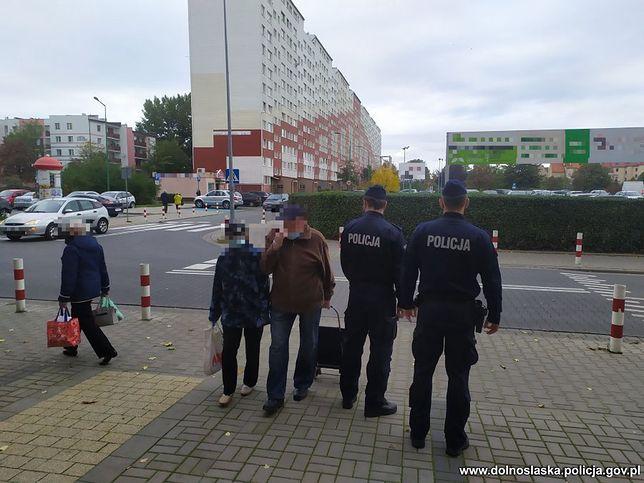 Koronawirus w Polsce. Nie nosimy maseczek. Policja wystawiła 22 tys. mandatów
