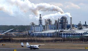 Dym nad fabryką Kronospan