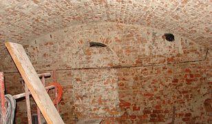 Sensacyjne odkrycie w kościele na Białołęce. W zamurowanej krypcie