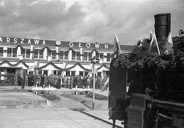 Warszawa Główna - jak zmieniała się przez lata