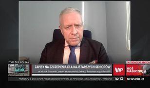 Koronawirus w Polsce. Dr Michał Sutkowski przeprasza seniorów stojących na mrozie
