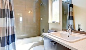 Co jest zakazane w małej łazience?