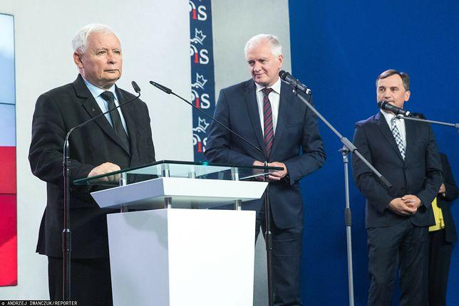 Na zdjęciu od lewej: Jarosław Kaczyński, Jarosław Gowin oraz Zbigniew Ziobro