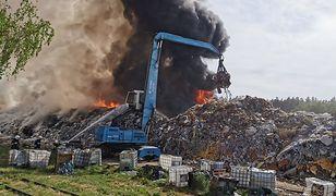 Wola Łaska. Pożar składowiska odpadów. Nowe informacje