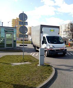 IKEA włącza się do walki z koronawirusem. Przekazuje łóżka dla pracowników elektrowni